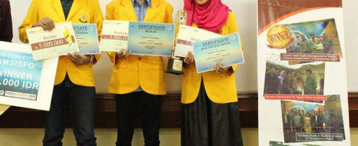 Juara I Web Development Competition 2014 di BINUS