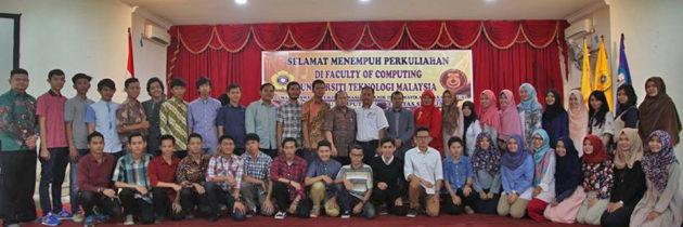Mahasiswa Bilingual ke FCOMP UTM